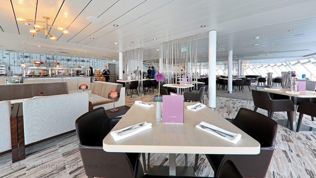 X-Lounge neue Mein Schiff 2 / Foto: Oliver Asmussen/oceanliner-pictures.com