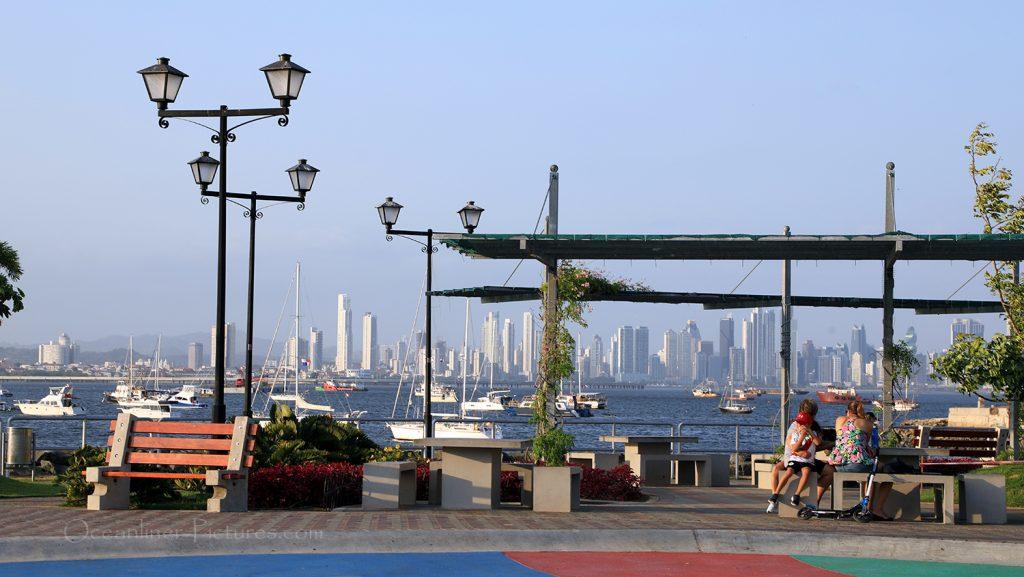 Blick auf Panama City von Isla Naos / Foto: Oliver Asmussen/oceanliner-pictures.com