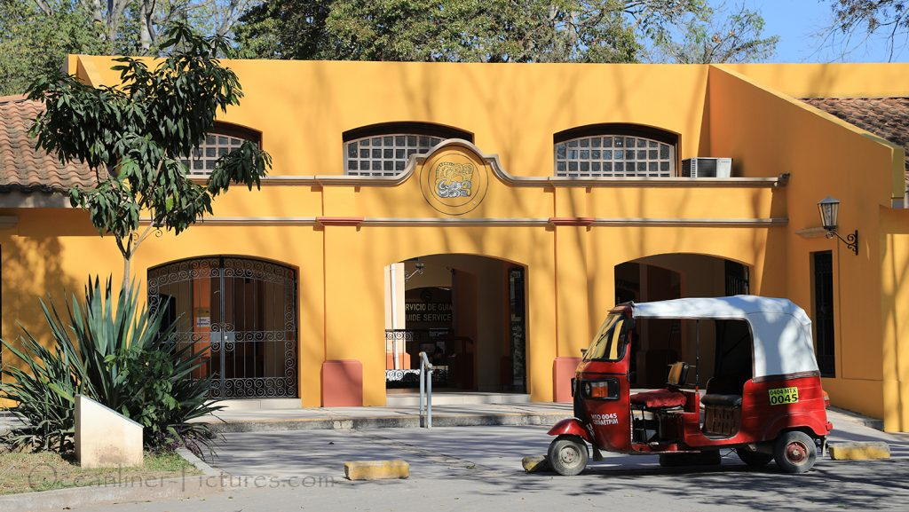 Eingang Maya Stadt Copan, Honduras / Foto: Oliver Asmussen/oceanliner-pictures.com