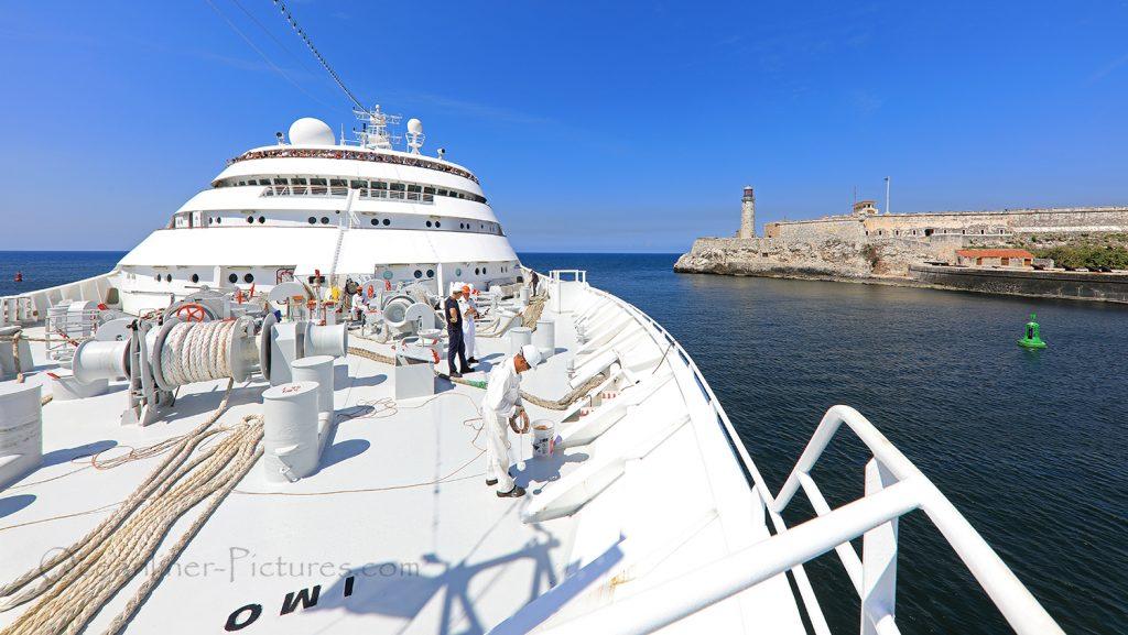 MS Hamburg erreicht den Hafen von Havanna auf Kuba / Foto: Oliver Asmussen/oceanliner-pictures.com