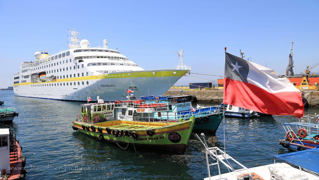 MS Hamburg in Valparaiso, Chile 31.01.2019 / Foto: Oliver Asmussen/oceanliner-pictures.com