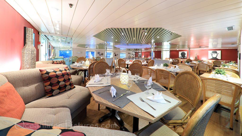 Lido Buffet Restaurant MS Ocean Majesty / Foto: Oliver Asmussen/oceanliner-pictures.com