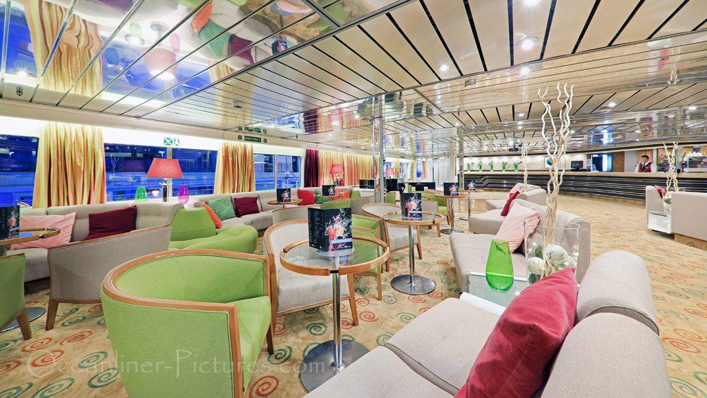 Majestic Lounge Ocean Majesty / Foto: Oliver Asmussen/oceanliner-pictures.com