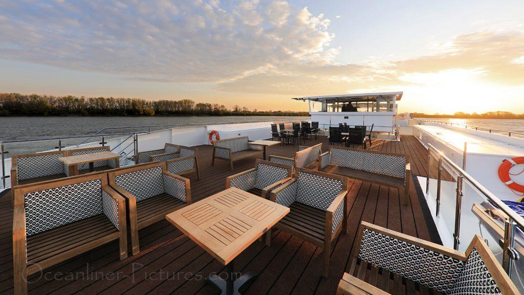 Sonnendeck Vorschiff MS Adora / Foto: Oliver Asmussen/oceanliner-pictures.com