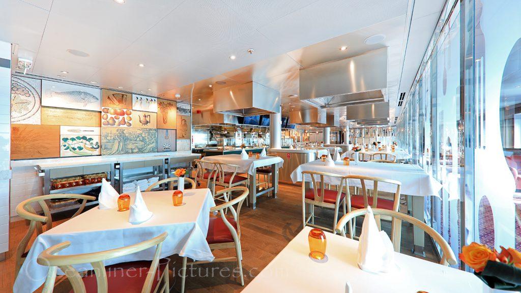 Club Orange Restaurant Nieuw Statendam / Foto: Oliver Asmussen/oceanliner-pictures.com