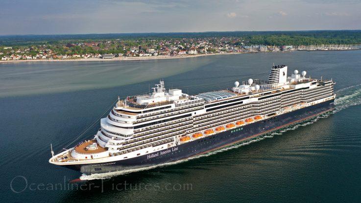 Nieuw Statendam am 23. Mai nach Erstanlauf in Kiel / Foto: Oliver Asmussen/oceanliner-pictures.com