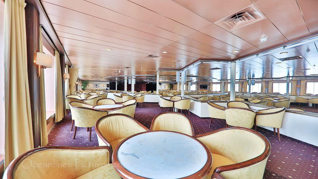 Astor Lounge MS Astor / Foto: Oliver Asmussen/oceanliner-pictures.com
