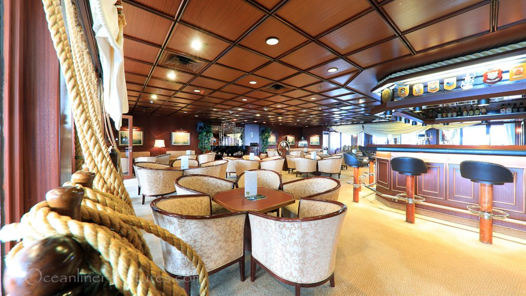 Captains Club MS Astor / Foto: Oliver Asmussen/oceanliner-pictures.com