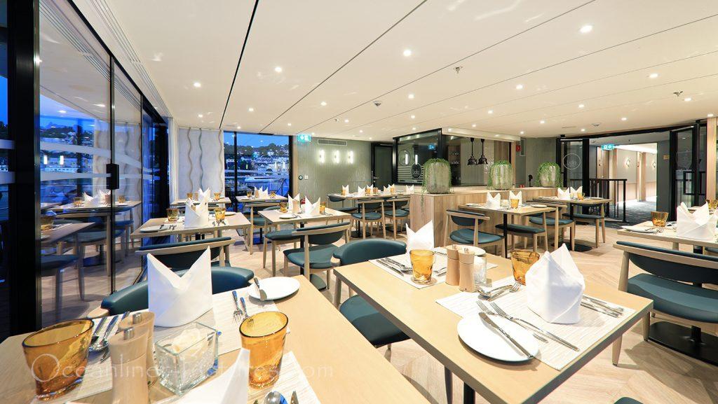 Lido Bistro Restaurant MS Anna Katharina / Foto: Oliver Asmussen/oceanliner-pictures.com
