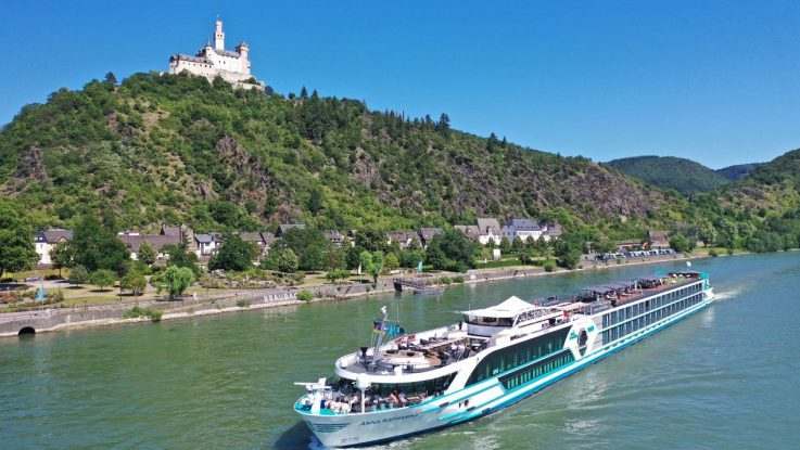 Ms Anna Katharina Taufe In Bonn Cruisestartde