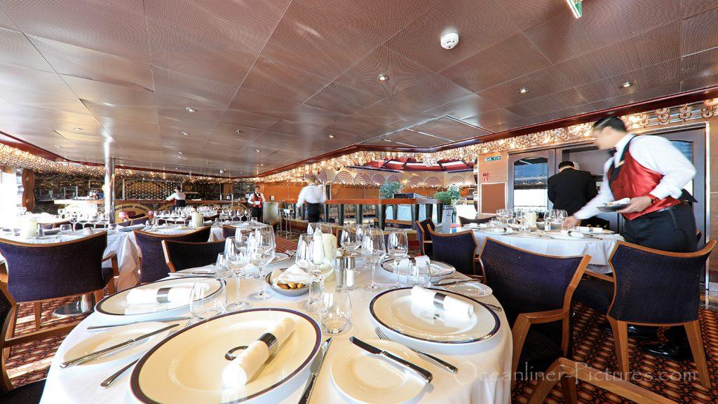 Club Favolosa Ristorante Costa Favolosa / Foto: Oliver Asmussen/oceanliner-pictures.com
