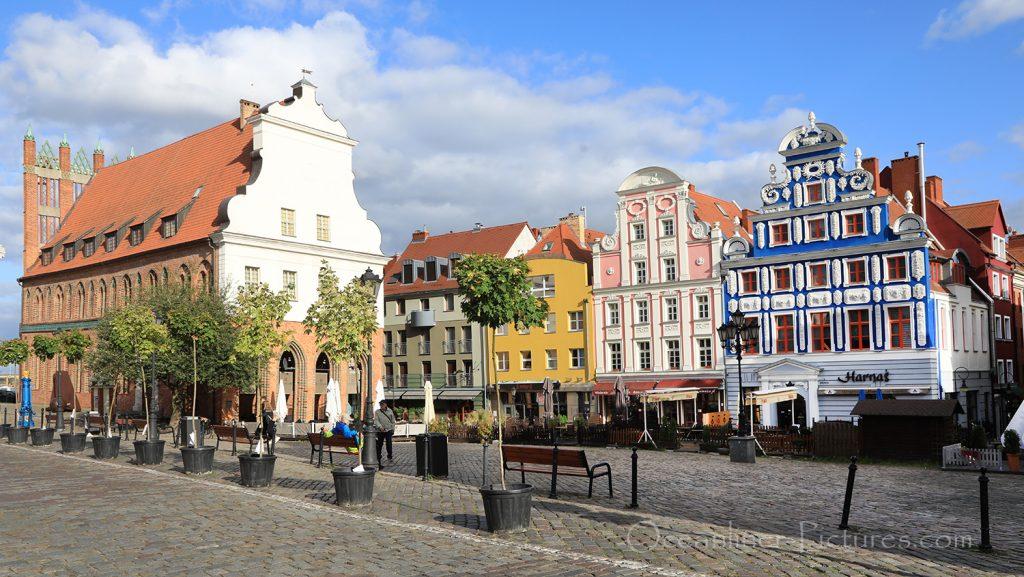 Altes Rathaus und Marktplatz in Stettin / Foto: Oliver Asmussen/oceanliner-pictures.com