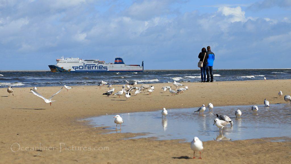 Herbstliche Stimmung am Strand in Swinemünde / Foto: Oliver Asmussen/oceanliner-pictures.com