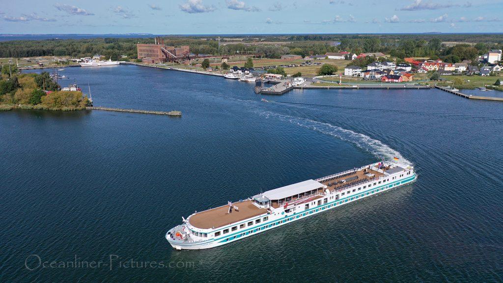 MS Junker Joerg Abfahrt Peenemünde / Foto: Oliver Asmussen/oceanliner-pictures.com