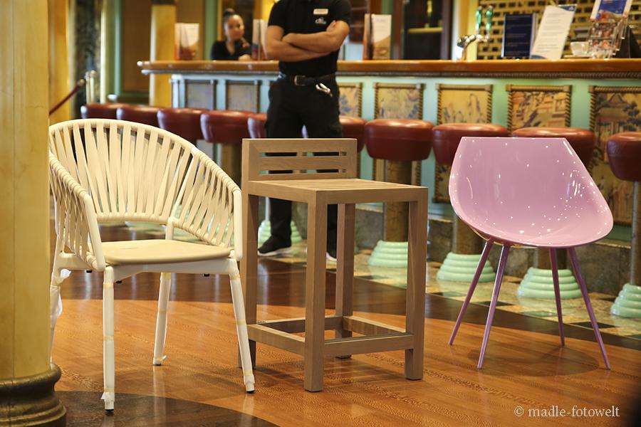 Stühle von ital. Designunternehmen, Foto: madle-fotowelt