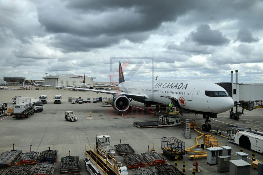 Air Canada 777-300ER LHR Airport / Foto: Oliver Asmussen/oceanliner-pictures.com