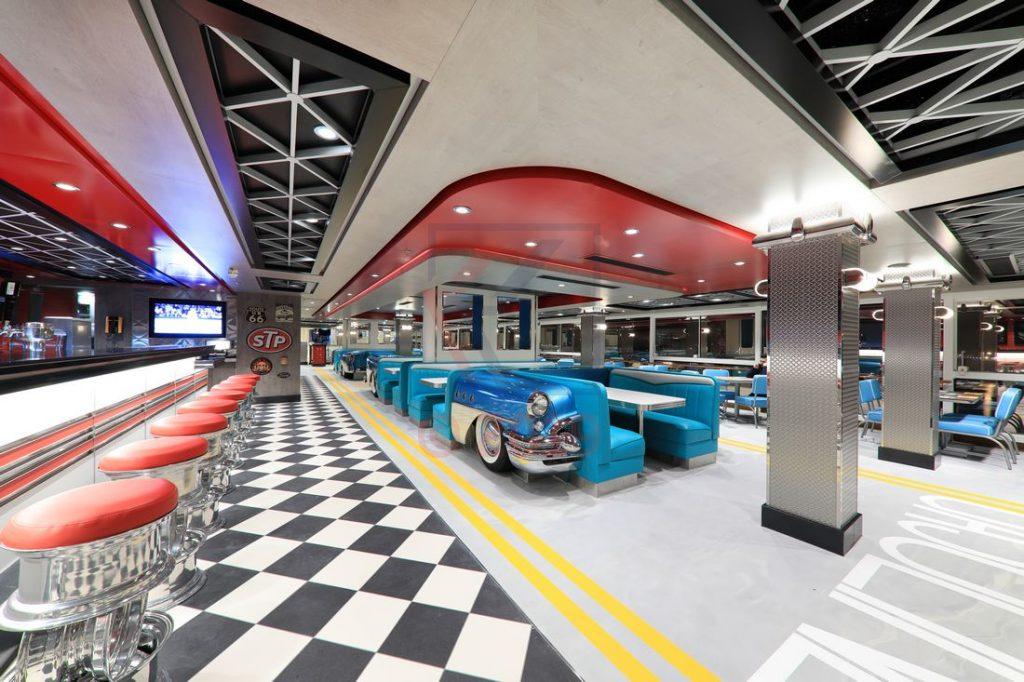 American Diner und Bar Norwegian Encore / Foto: Oliver Asmussen/oceanliner-pictures.com