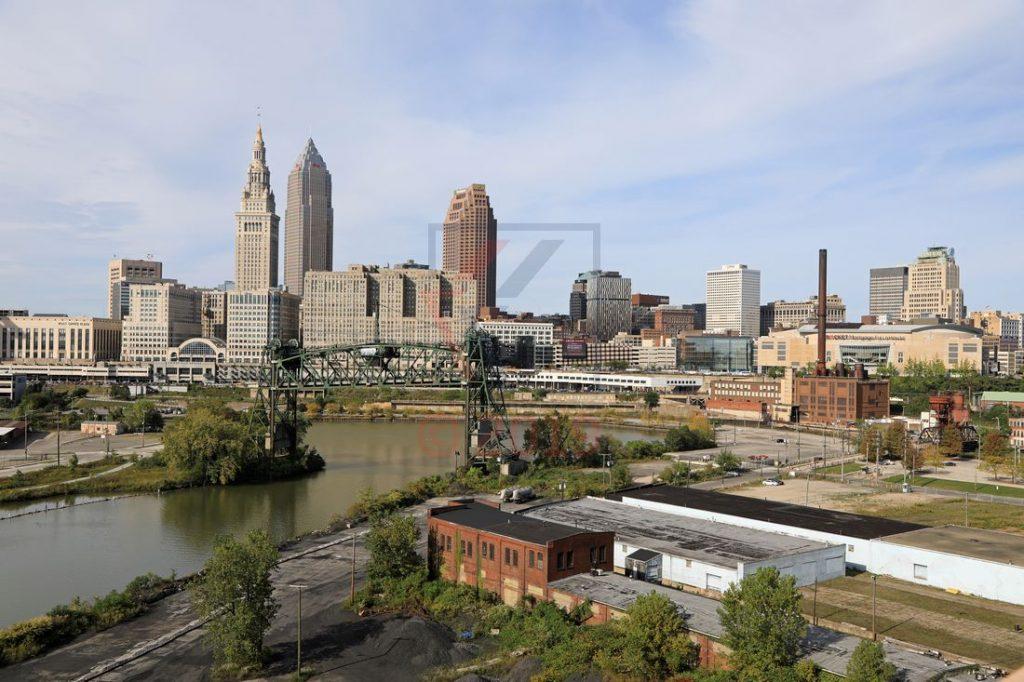 Cleveland Skyline mit Cuyahoga River und alter Hubbrücke / Foto: Oliver Asmussen/oceanliner-pictures.com