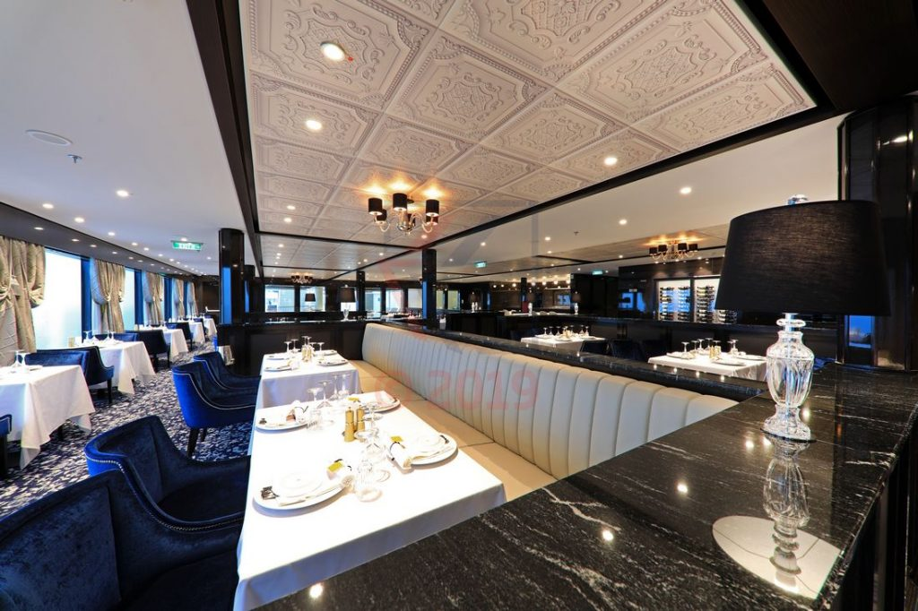 Le Bistro Restaurant Norwegian Encore / Foto: Oliver Asmussen/oceanliner-pictures.com