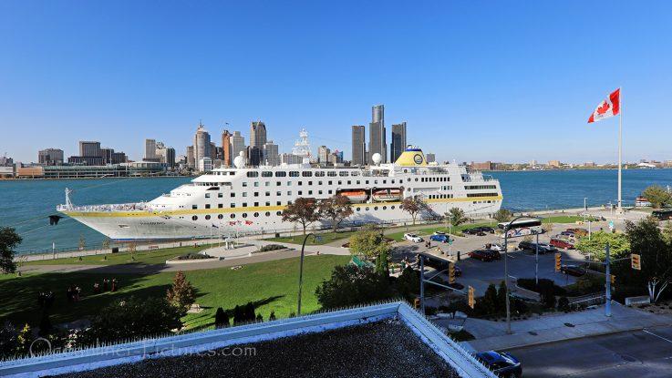 MS Hamburg in Windsor, Kanada, Titelbild Reisebericht Teil 3 / Foto: Oliver Asmussen/oceanliner-pictures.com