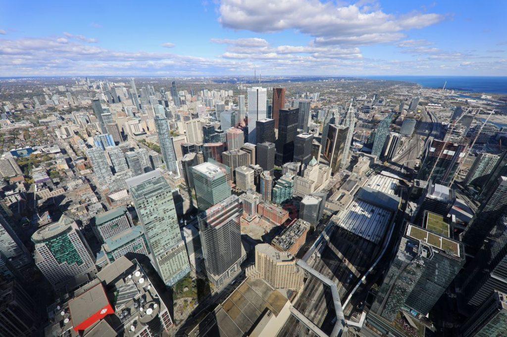 Main Observation Level 346m CN Tower Toronto / Foto: Oliver Asmussen/oceanliner-pictures.com
