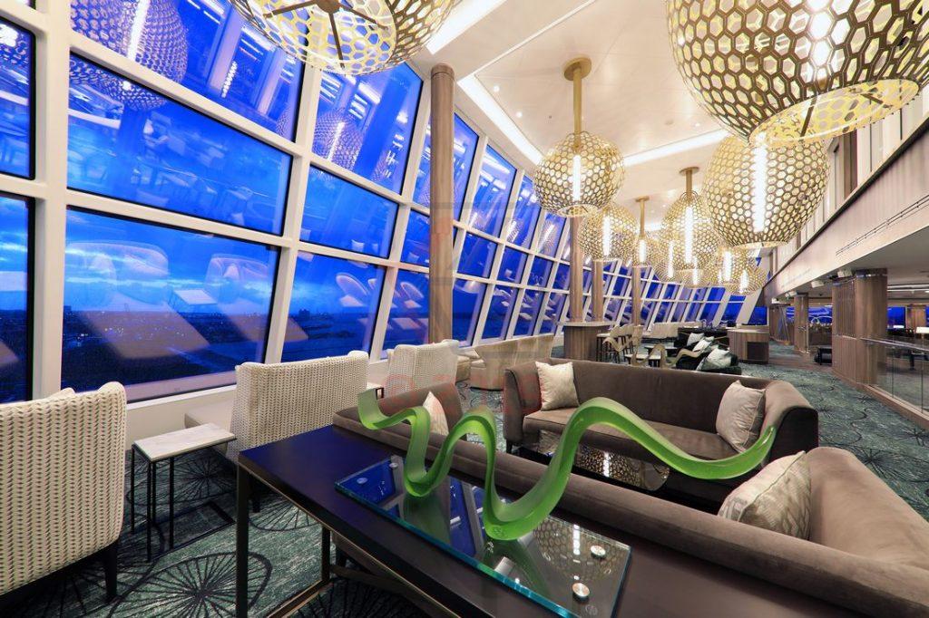 Observation Lounge Norwegian Encore / Foto: Oliver Asmussen/oceanliner-pictures.com