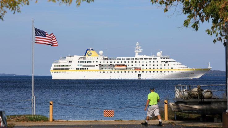 Titelfoto MS Hamburg auf den Grossen Seen / Foto: Oliver Asmussen/oceanliner-pictures.com