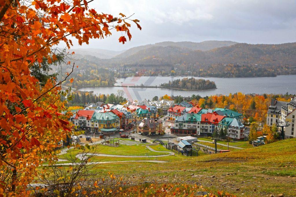 Tremblant Village am Lac Tremblant , Quebec, Canada / Foto: Oliver Asmussen/oceanliner-pictures.com